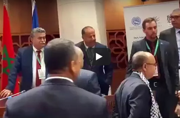 أثار حضور وفد إسرائيلي للمشاركة في مناظرة دولية بمجلس المستشارين المغربي سخطا لدى عدد من البرلمانيين- يوتيوب