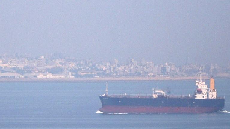 السعودية تنقذ سفينة نفط إيرانية في البحر الأحمر
