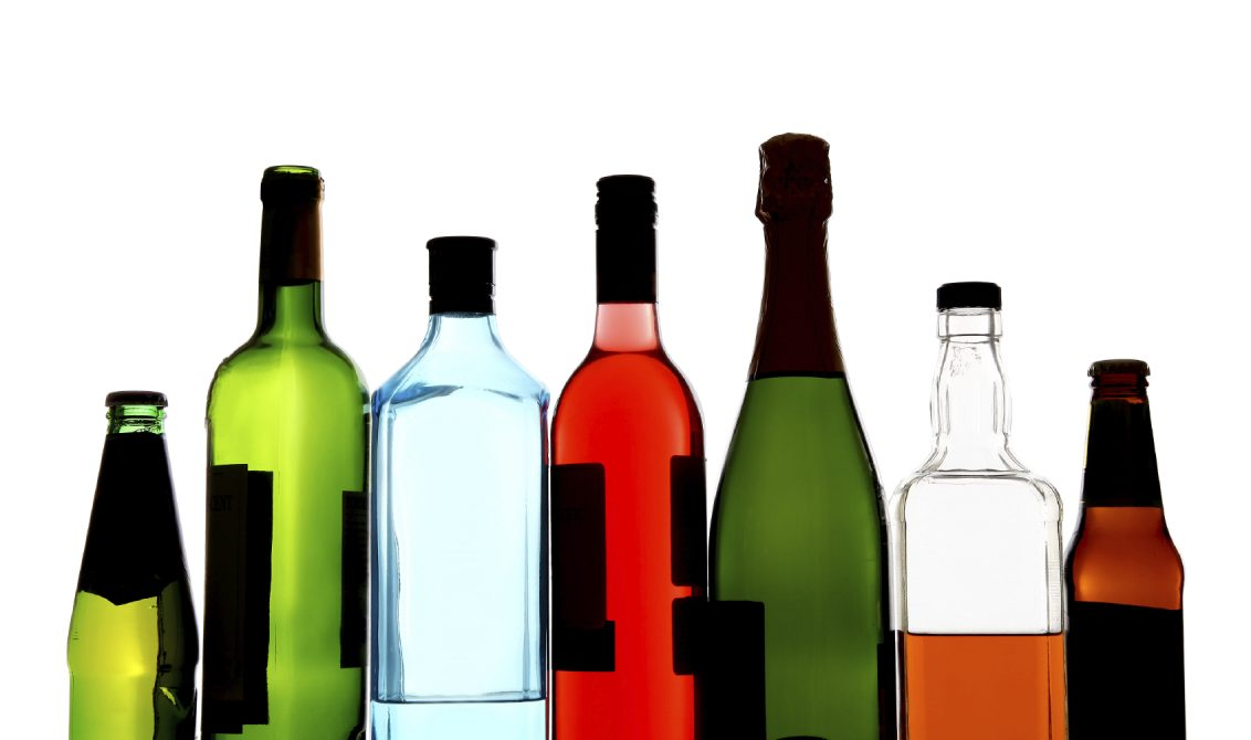 روصو: القبض على بنت محمد المصطفى وبحوزتها 9 قنينات من الخمر