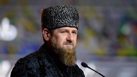 نقل رئيس جمهوية الشيشان رمضان قديروف إلى موسكو بعد الاشتباه بإصابته بكورونا